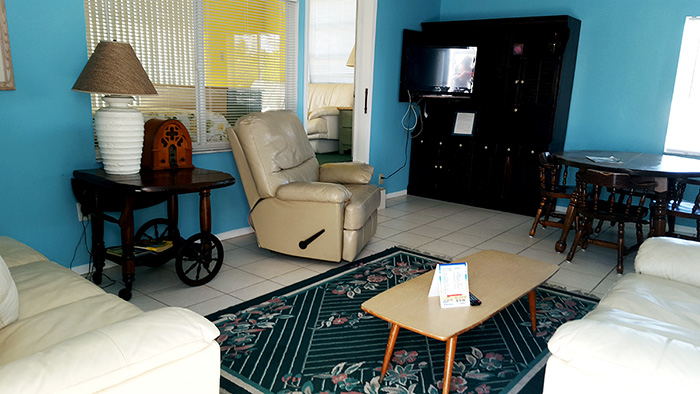 Beachfront Motel Apartment And Efficiency Rentals On Casey Key